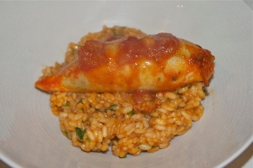 Spanish-style_rice_with_stuffed_squid