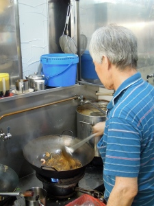 Char_kway_teow_Little_India_Singapore