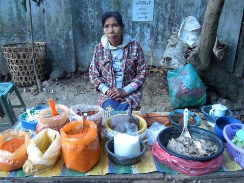 Market_vendor_Burma_Myanmar