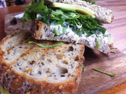 Dose_cafe_sandwich